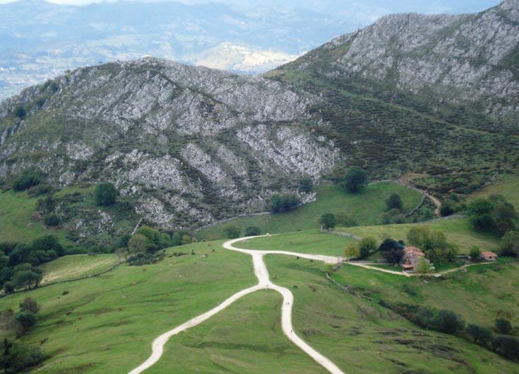 Les Praeres en la sierra de Peñamayor Nava