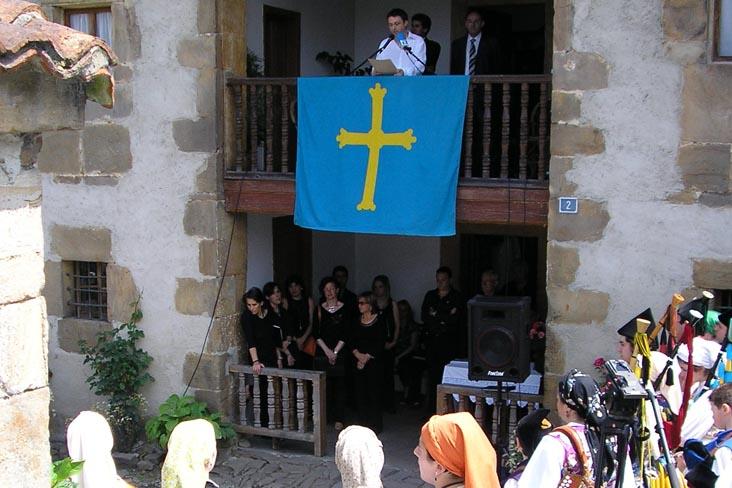 Fiesta de la llingua en Bimenes