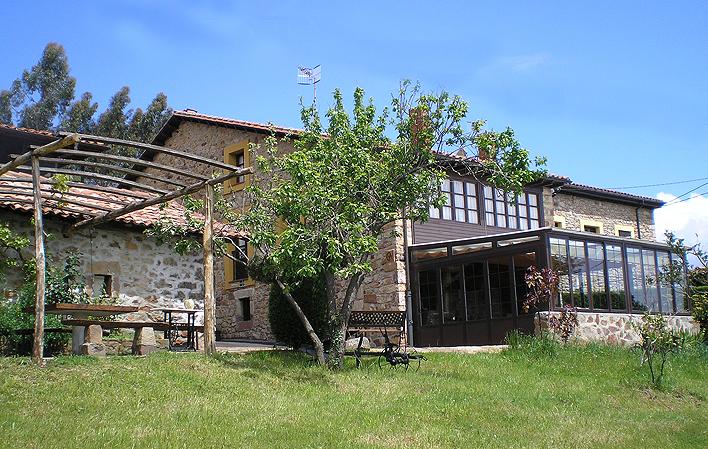 Apartamentos Rurales El Piensu