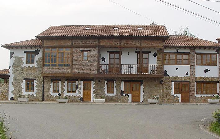 C. Aldea El Tendejón y La Cuadra