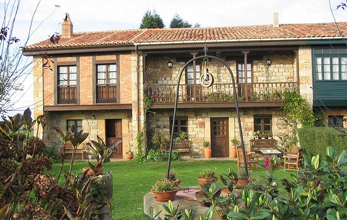 C. Aldea Casa Ana