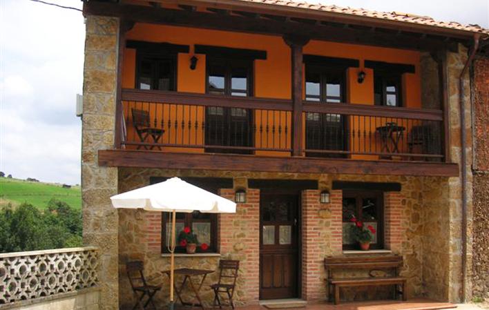 C. Aldea Casa Laco