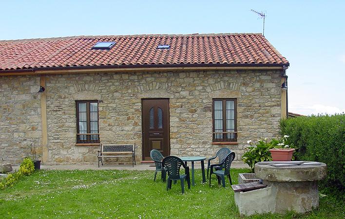 C. Aldea Casa Lena