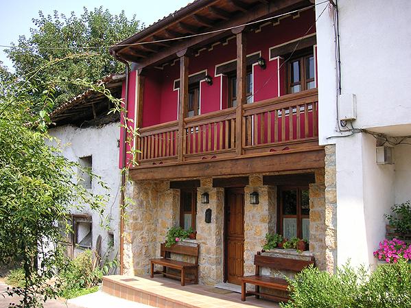 C. Aldea Casa Marciano