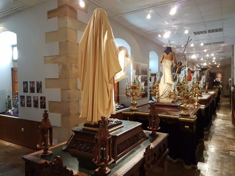 """Exposición permanente """"Semana Santa"""" de Villaviciosa"""